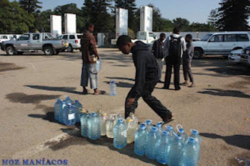 Vendedores de Água