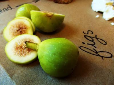 figs, in season fruit