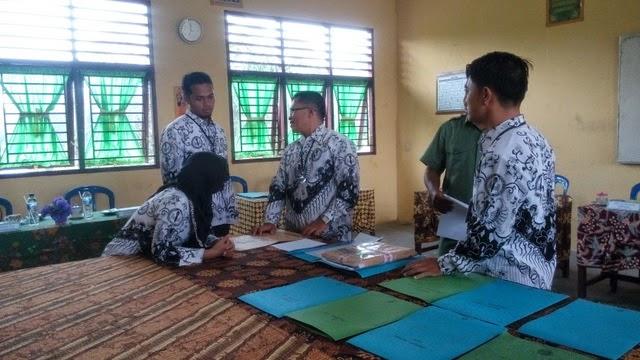 Hari pertama Ujian Nasional di SMK Negeri 2 Tambusai Utara 3