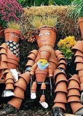 http://translate.google.es/translate?hl=es&sl=en&tl=es&u=http%3A%2F%2Fwww.goodshomedesign.com%2Fclay-pot-flower-people%2F