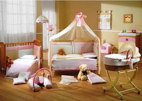 Imbiancare casa idee idee per imbiancare e decorare la for Arredo cameretta bimba