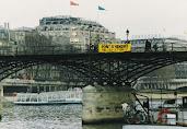 Jean MAS PERFORMANCE A VENDRE PONT DES ARTS, PARIS, 1997