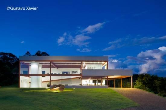 Arquitectura de casas fotos de casas modernas de estilo for Casas modernas brasil