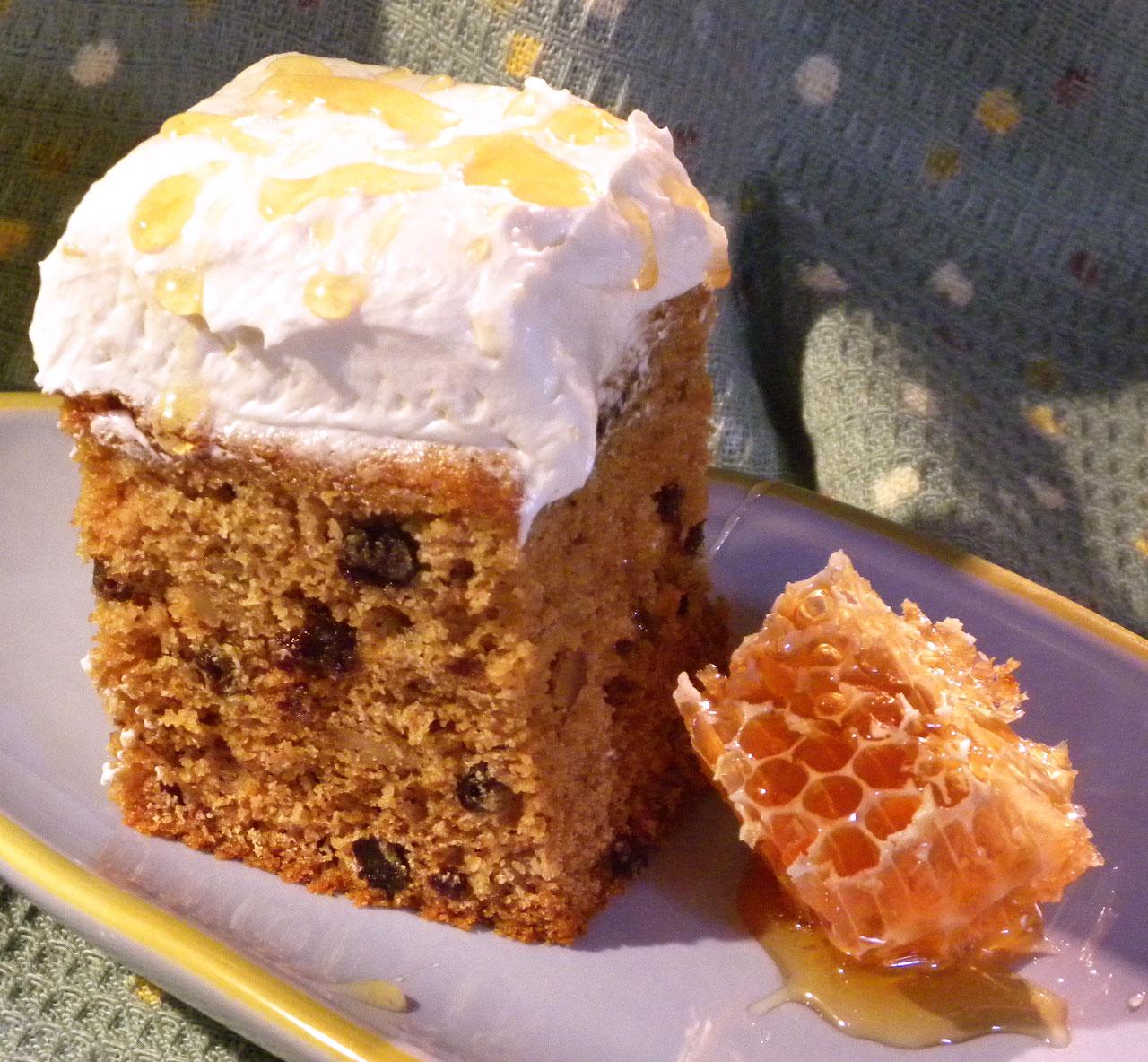 Bubie's Little Baker: Honey Cake For a Sweet New Year