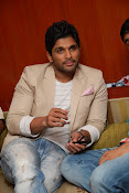 Stylis Star Allu Arjun latest Photos Stills-thumbnail-10