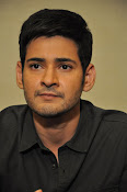 Mahesh Babu stylish photos-thumbnail-17