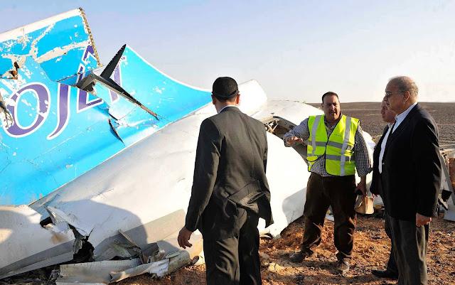 Grã-Bretanha suspende voos para Sinai