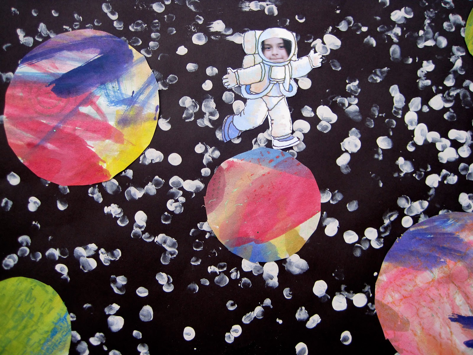 Princess artypants visual arts in the pyp outer space for Outer painting design
