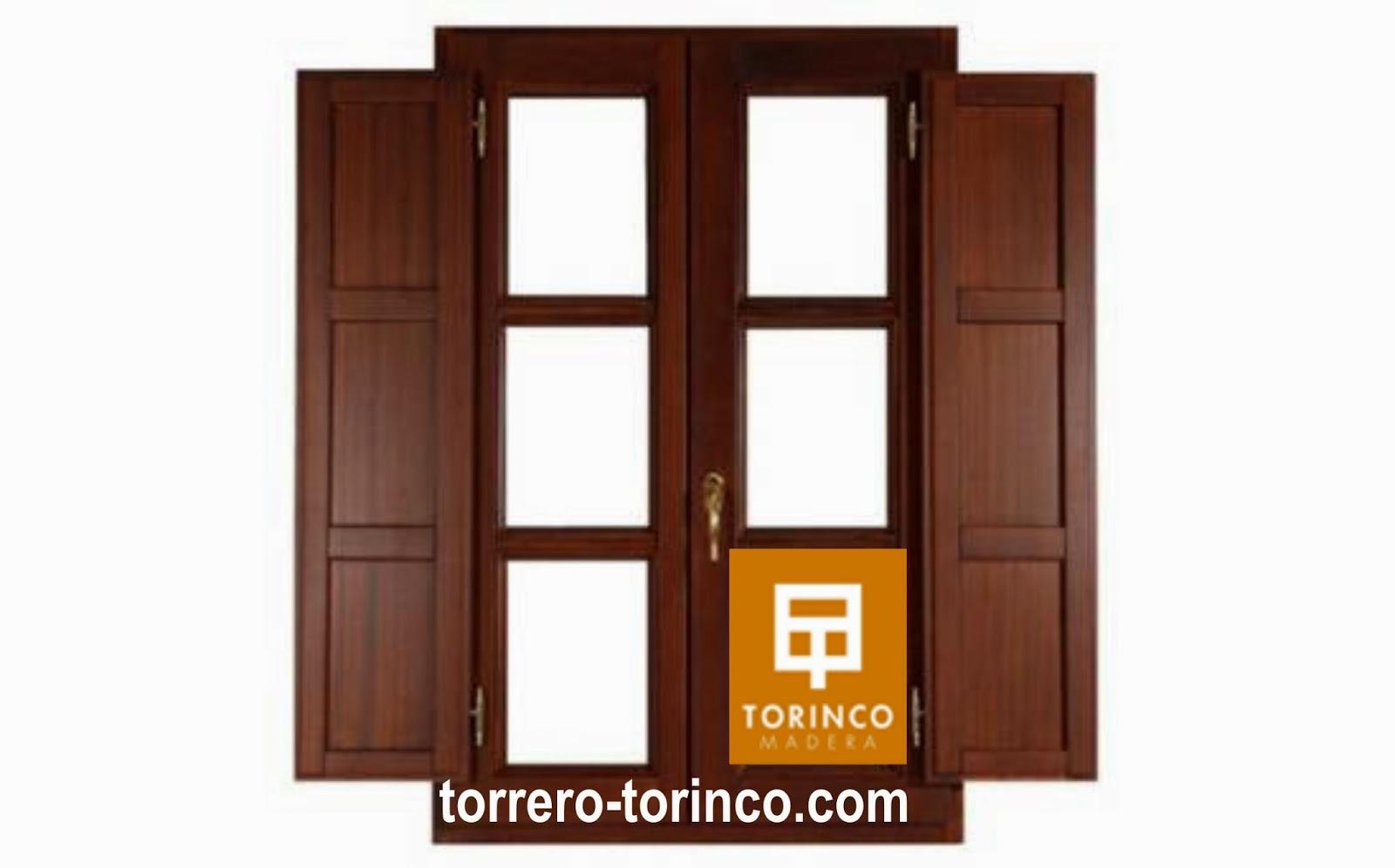 ventana de madera oscilobatiente