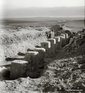 Picture of the Week: Excavations at a Mystery Site in the Early 1900s