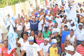 Aspirante Alcaldía dice vendedores ambulantes y choferes de SDN merecen mejor trato,  son fundamentales para tener un municipio limpio y ordenado