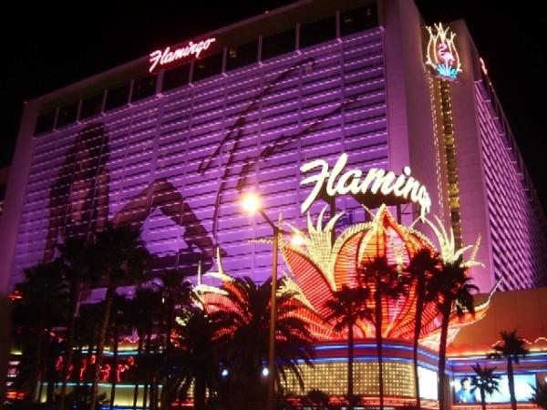 Najskuplje ,neobične ,čudne hotelske sobe i hoteli  - Page 2 Flamingo-Las-Vegas