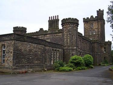Dobroyd Castle di Todmorden, Inggris