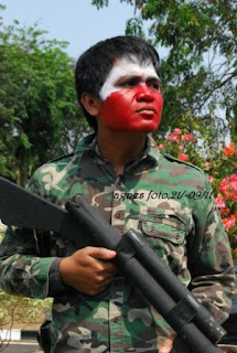 Sondang, Apakah Seorang Revolusioner?
