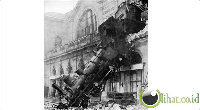 Salah satu dari 6 stasiun kereta api terbesar di paris, perancis