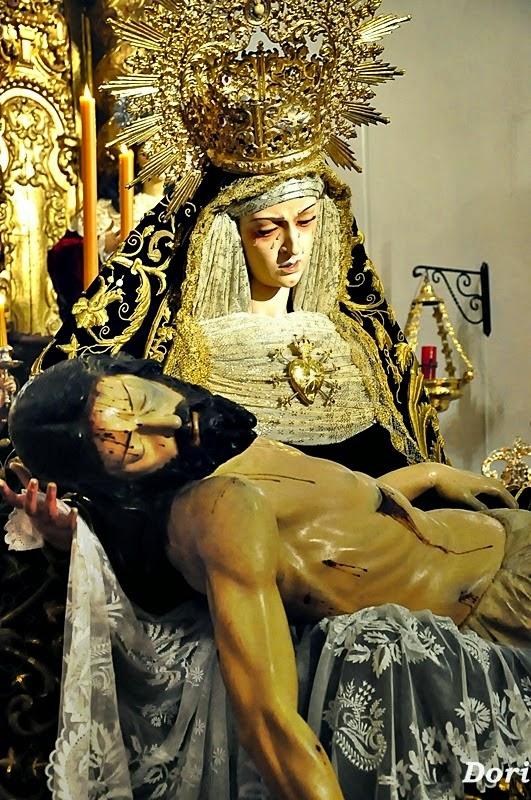 Besamanos- a- la- Virgen-  de- los- Dolores- de- los- Servitas- 2015