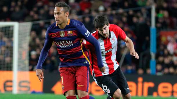Hernández Hernández le perdonó a Balenziaga la roja por una falta sobre Neymar Jr