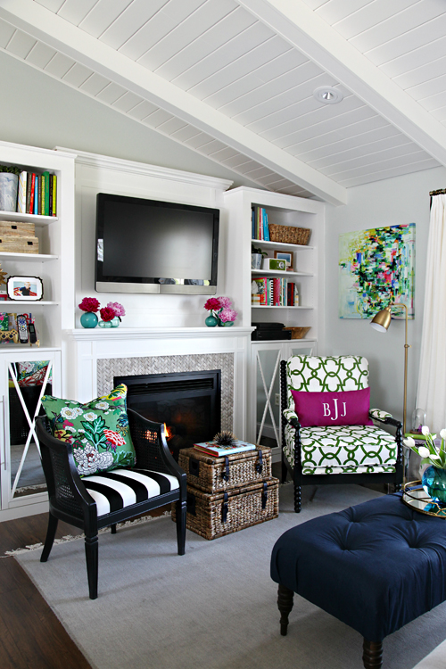 DIY Built-In Fireplace Tutorial from IHeart Organizing [Weekly Round-Up at High-Heeled Love]