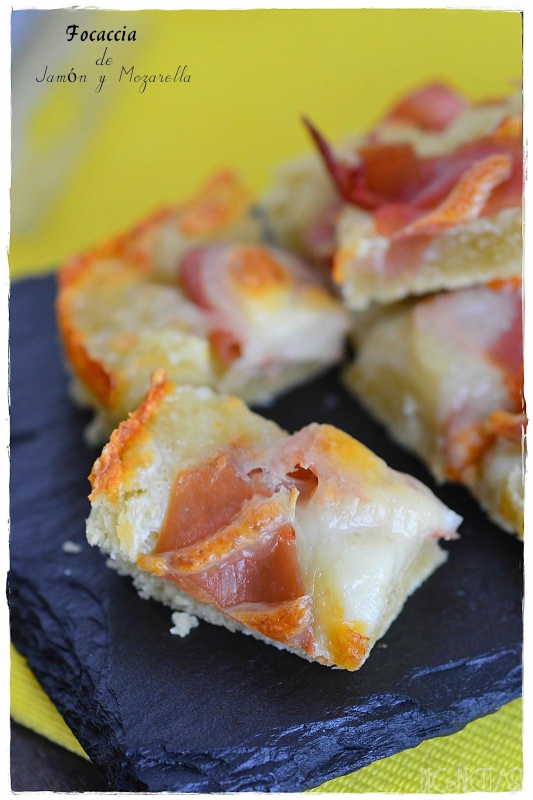 Focaccia de jamón y mozarella