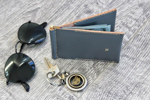 Jaqet Flip Wallet Handmade in California, mens leather wallet brands, wallet review, menswear blog, mens fashion, mens style blog, mens fashion review