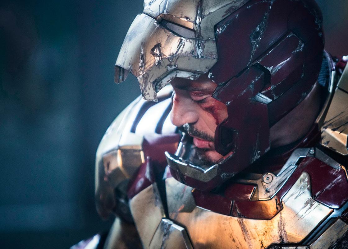 http://1.bp.blogspot.com/-2e2Ho4UN1lM/UOTEq1zMfWI/AAAAAAAAICY/qlKxHVEut88/s1600/Iron+Man+3.jpg