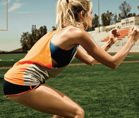 Squats bài tập thể dục giảm cân