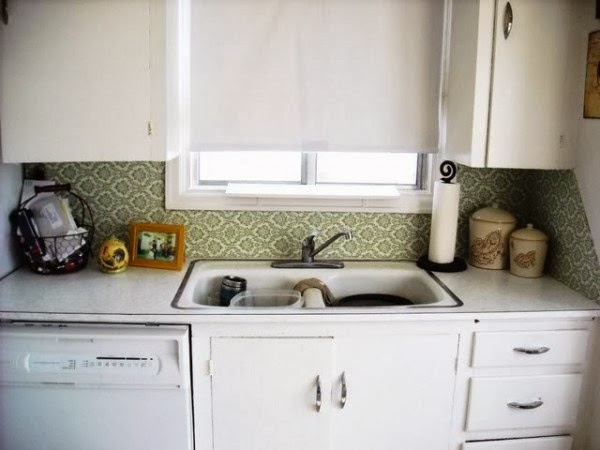 the lovely side 6 renter friendly backsplash diy ideas