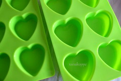 HEART SHAPE MINI CAKE PAN