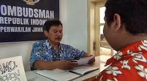 Di duga Oembudsman Jatim Menerima Upeti dari Pemkot Surabaya.