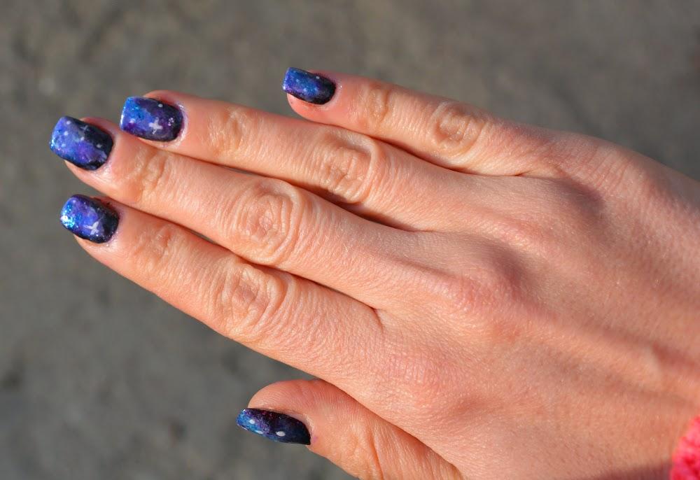 galaktyczne paznokcie