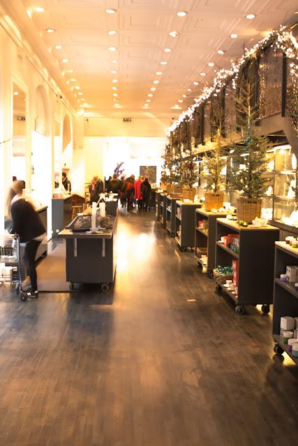 Amalie loves Denmark Weihnachten bei Royal Copenhagen
