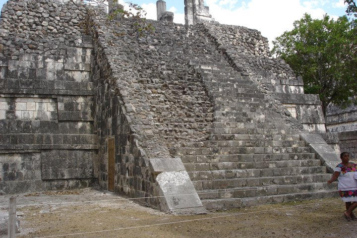 research paper on maya civilization Open document below is an essay on maya civilization from anti essays, your source for research papers, essays, and term paper examples.