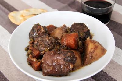 ragú de carne, ragú de ternera, guiso de carne, carne guisada, carmen albo, guisandomelavida