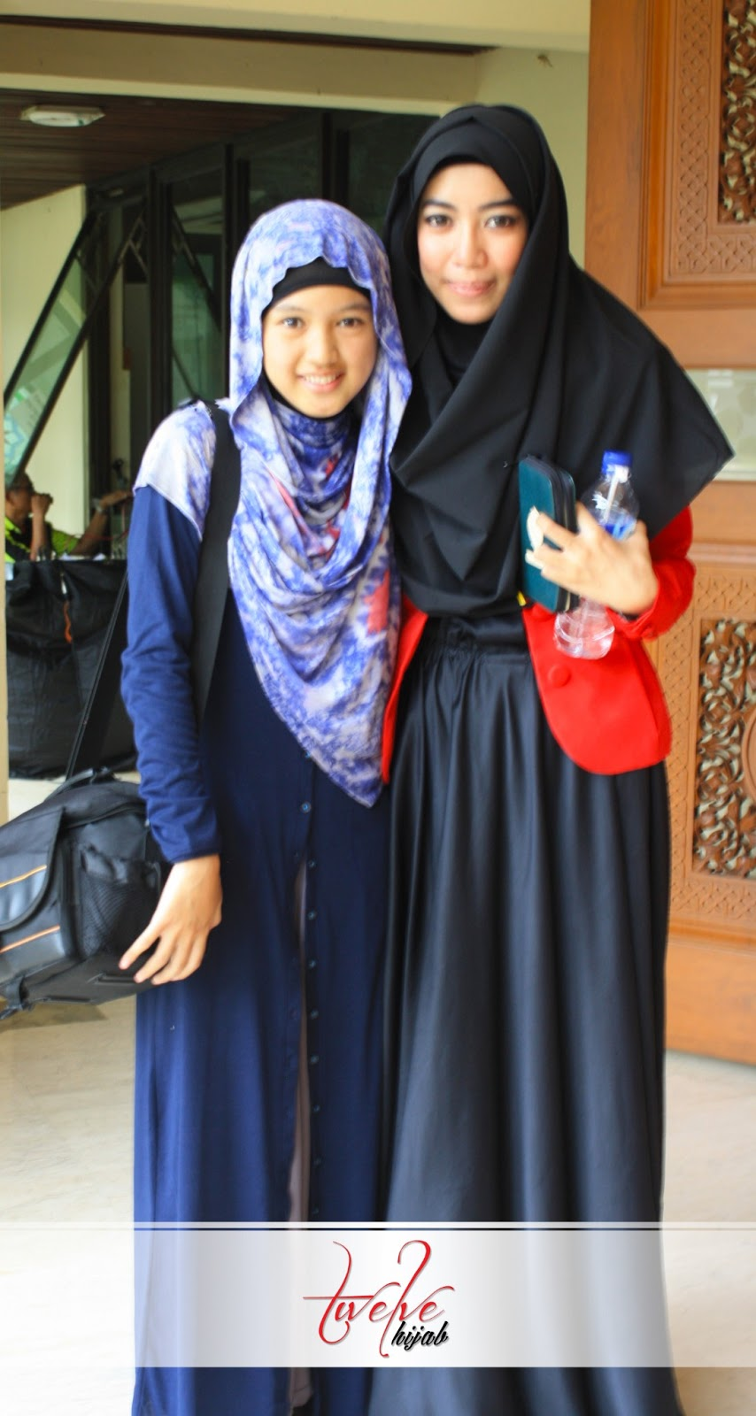 Twelve Hijab April 2013