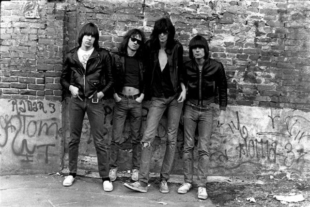 Ramones Humming A Sickening Tune An Overview April 2013