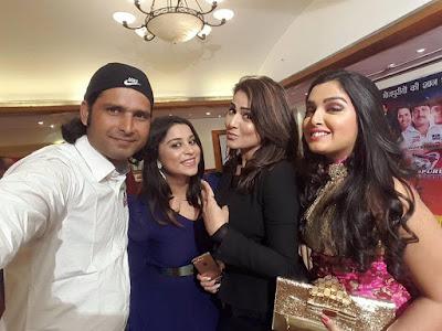 Amrapali Dubey, Pakhi Hegde and Aanara Gupta at Bhojpuri Dabanggs (CCL 6) Cricket Team 2016 Photos