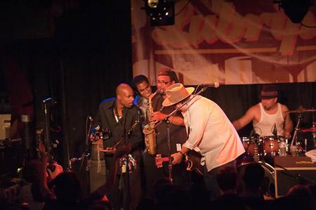 Live @ Double Door Chicago 9/25/10 - photo: Grateful Web