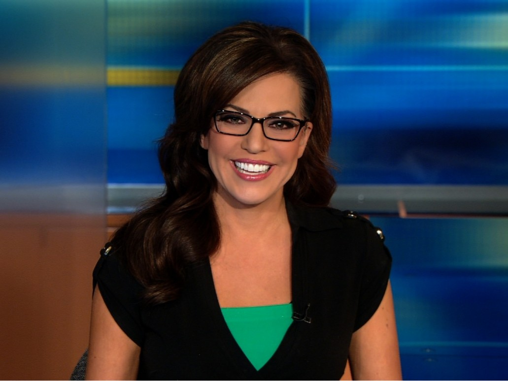 anchor women In the last 50 years, the male-centered news reporting paradigm has shifted greatly, allowing for many women to create a name for themselves in the industry although the glass ceiling hasn't quite be.