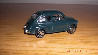 maqueta en miniatura die cast metal de seat 600D