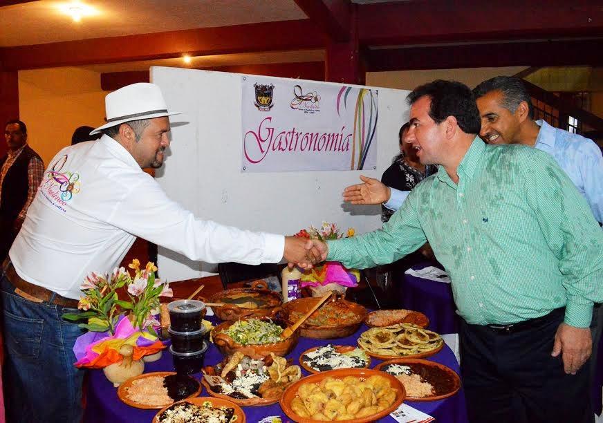Construye Pepe Yunes agenda de trabajo a favor de la región de Naolinco