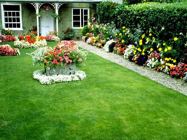 beautiful garden wallpaper