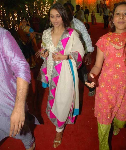 Rani Mukherjee Wedding: Rani Mukherjee Wedding Photos