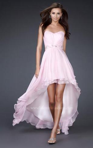 Vestido corto de enfrente y largo atras