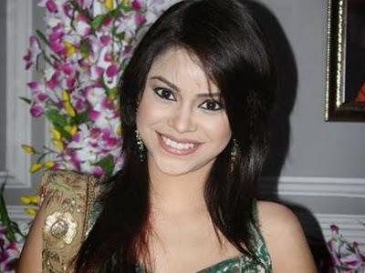 Sumona Chakraborty underwear exposed