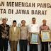 Aher Serahkan 1.170 Sertifikat Halal untuk IKM