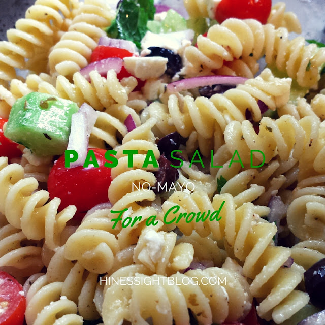 Easy No-Mayo Pasta Salad. Great to carry as a side dish for tailgating, potluck, and parties.