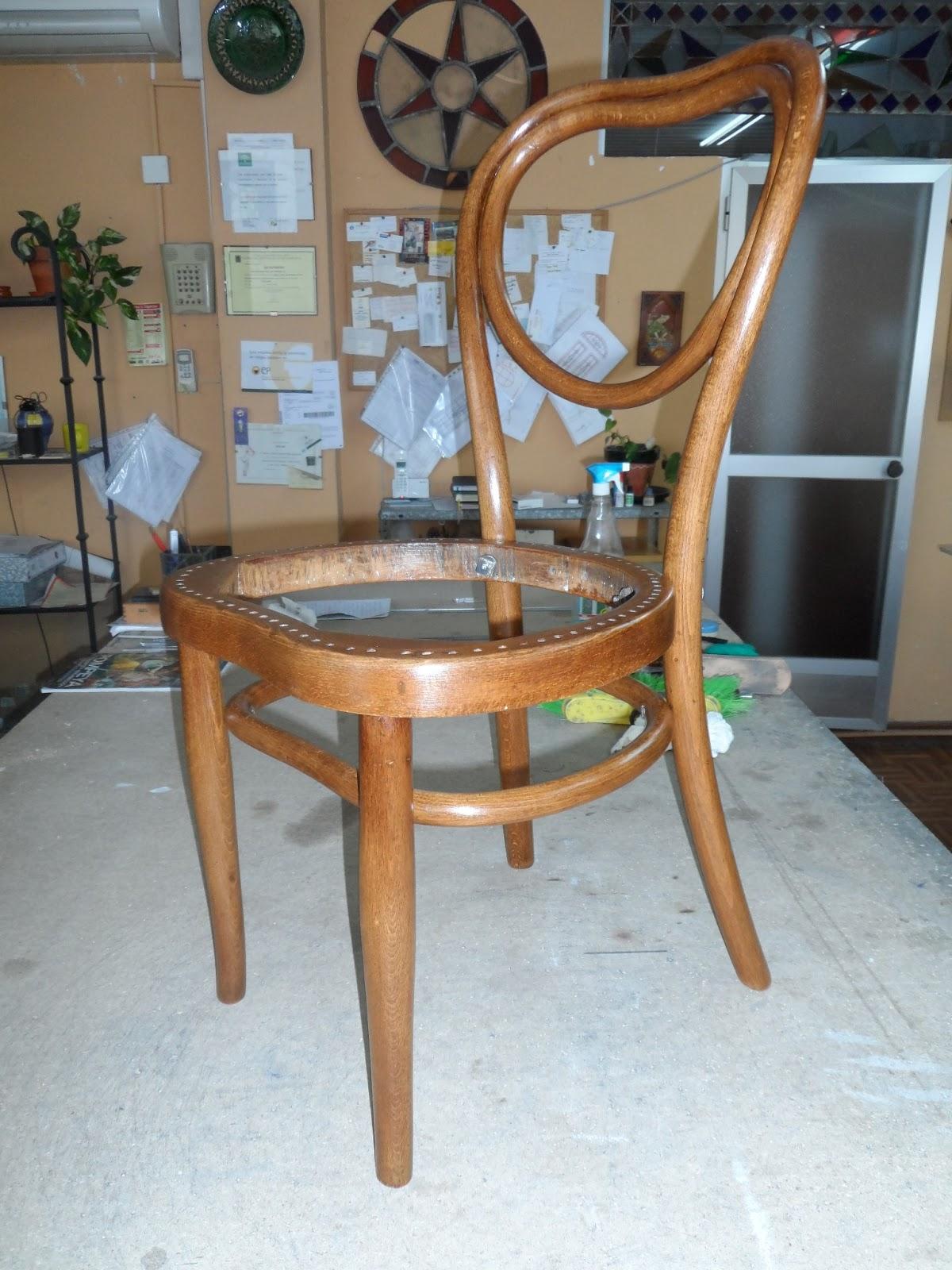imagina que hacer restauraci n silla thonet. Black Bedroom Furniture Sets. Home Design Ideas