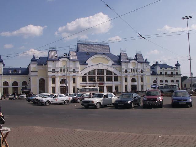 все поезда ведут на Томск-1