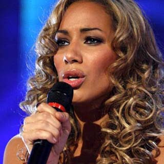 Leona Lewis - A Thousand Lights Lyrics | Letras | Lirik | Tekst | Text | Testo | Paroles - Source: musicjuzz.blogspot.com