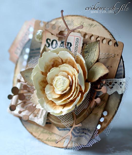 okrągła walentynka, ręcznie robiony kwiat, Ewa Jarlińska, Evik, plaster drewna,